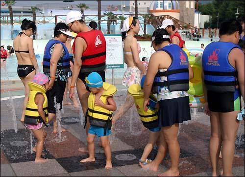 f29d797e11f 경남 최대 물놀이 테마파크에서 즐긴 피서 - 오마이뉴스 모바일